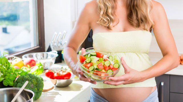 Sostienen que la dieta vegana aporta todos los nutrientes del embarazo