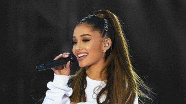 Ariana Grande ganó en los premios MTV