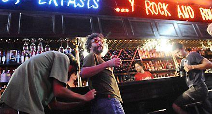 Fito Páez volvió a Rosario para filmar una miniserie y festejar su cumpleaños