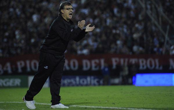 Martino: Que busquen lo que hay que hacer porque el fútbol argentino así no da más