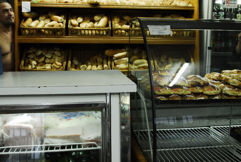 El kilo de pan llegará a valer $ 16,80 y el precio de la harina no tiene techo
