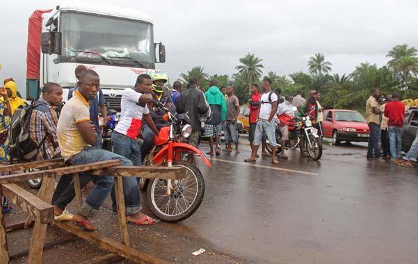 Cierre de fronteras. Las dos Guineas quedaron incomunicadas ayer.