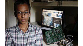 Ahmed Mohamed. El chico musulmán de 14 años, protagonista de un incidente que seguramente nunca olvidará.