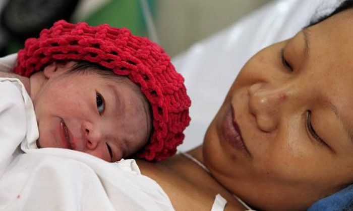 Danica, una beba nacida en la ciudad filipina de Manila, es la habitante mundial número 7 mil millones