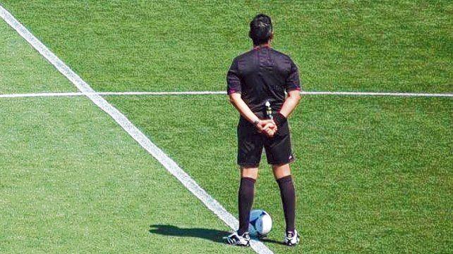 De espaldas al fútbol