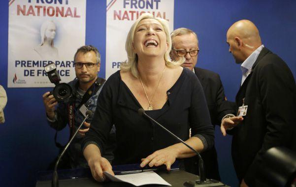 Marine Le Pen celebró el triunfo sin precedentes del Frente Nacional. Logró un 26% de votos.