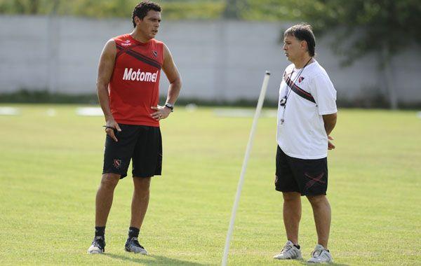 El paraguayo quiere seguir pagando la confianza que le brindó el DT de Newells. (Foto: A.Amaya)