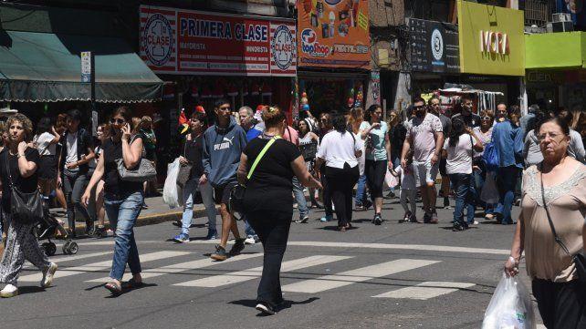 Llegan las Fiestas y los comerciantes del casco histórico reclaman seguridad en la zona.