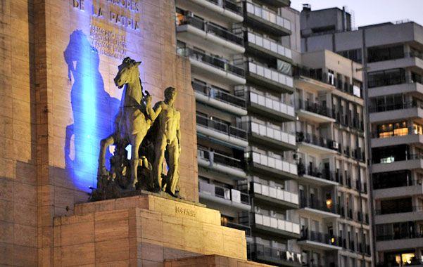 El Monumento y los edificios del Parque Nacional a la Bandera son parte de las imágenes más difundidas de la ciudad.