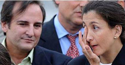 La ex rehén Ingrid Betancourt pidió el divorcio y su marido la acusó de infiel