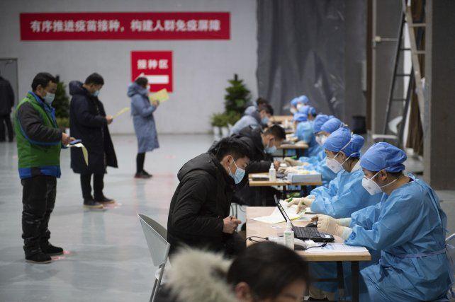 Un puesto de vacunación en Beijing.