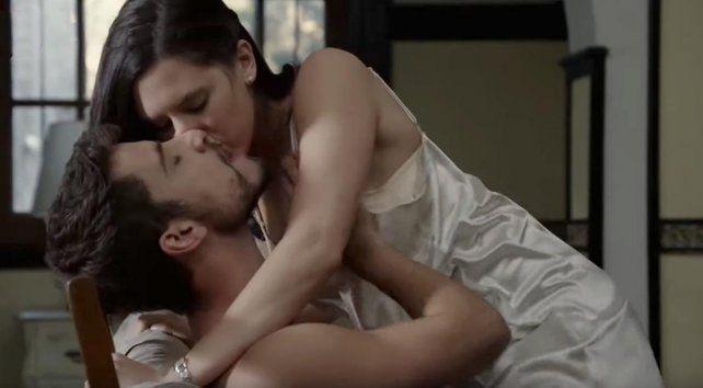 Delfina Chaves y Albert Baró calentaron la pantalla de ATAV