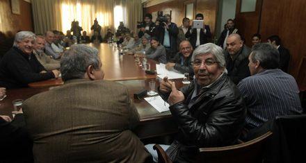 Moyano va por la reelección y la CGT se pone más crítica con CFK