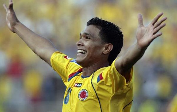 Apuntado. Russo se reunió con el jugador cuando la selección Colombia vino a jugar por las eliminatorias.