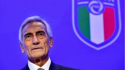 """""""La Juve quedaría excluida si no se retira de la Superliga"""", dijo de manera tajante el máximo mandatario de la federación italiana."""