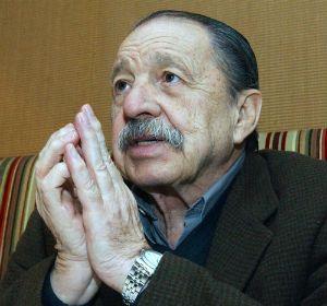El escritor Héctor Tizón murió