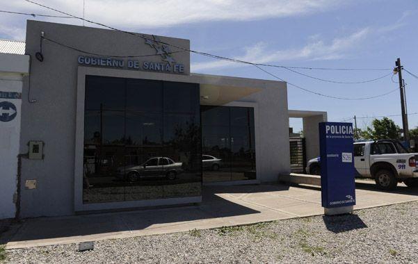 La subcomisaría 26ª de Villa Gobernador Gálvez recibía los casos.