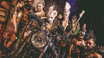 El Circo de los Horrores se distingue por las actuaciones, la música en vivo y el despliegue técnico.