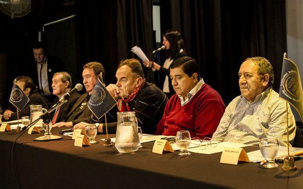 Frente común. La federación nacional que agrupa a los mercantiles debatió en Rosario el tema del empleo.