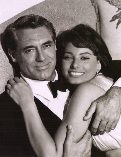 Cary Grant. En la foto junto a Sophia Loren. Grant fue y continúa siendo un modelo de galán.