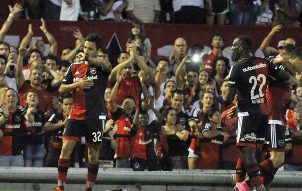 Nacho Scocco vuelve a ser titular esta noche. El compromiso es ante Rafaela. (Gustavo de los Rios / LaCapital)