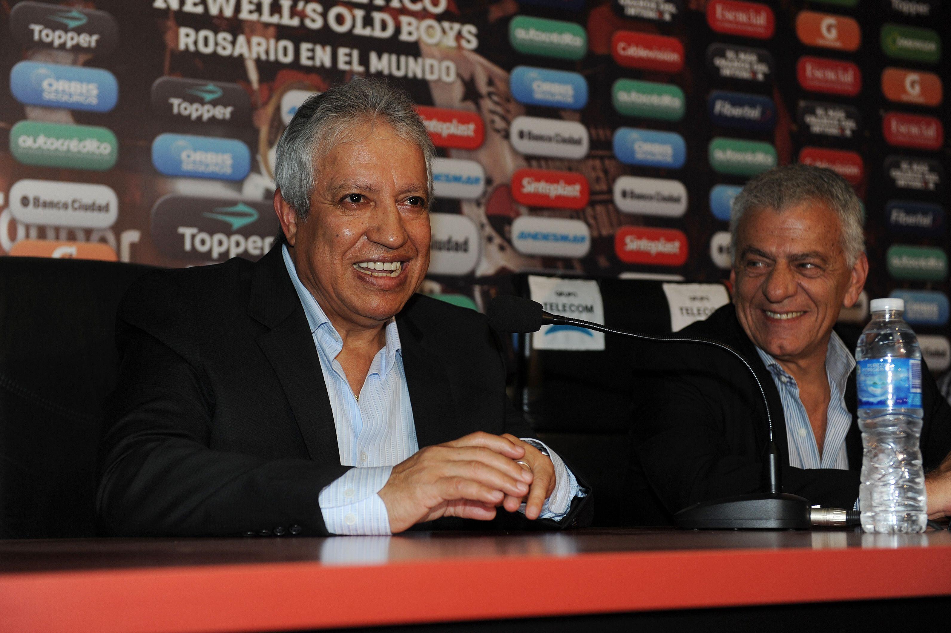 Exultante. El técnico rojinegro está más que conforme con su equipo. (A.Celoria)