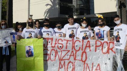 Familiares de Gonzalo Molina no bajan los brazos y siguen pidiendo por el esclarecimiento de su asesinato.