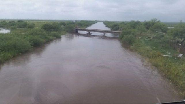 desde el aire. El chico se precipitó en cercanías del puente que atraviesa el arroyo Carrizales.