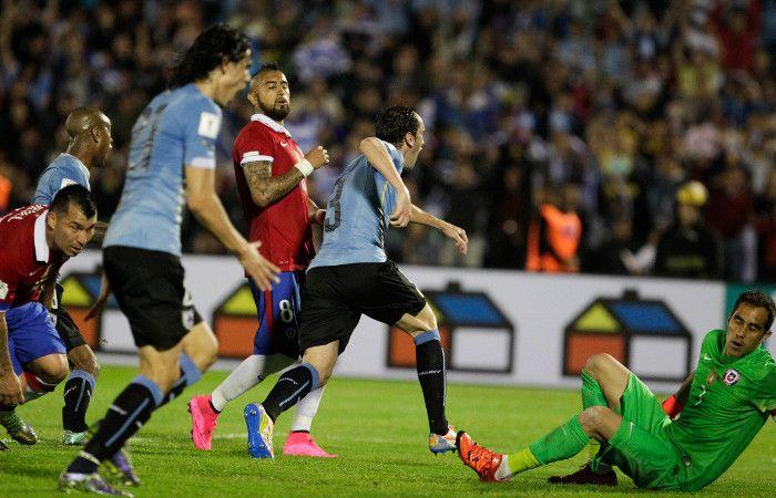 Uruguay llegó a nueve unidades y quedó a tres del líder Ecuador.