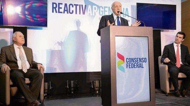 El precandidato de Consenso Federal