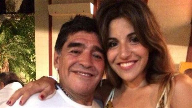 Gianinna Maradona pidió perdón a Diego Jr. por las mentiras de su padre y Dalma tuiteó alterada