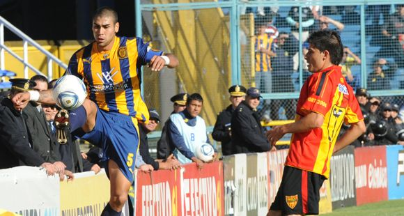 Jesús Méndez tiene el aval de Boca para seguir en Central una temporada más