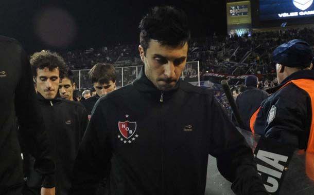Nacho Scocco lamentó las chances de gol desperdiciadas en Mendoza. (Foto: S. Suárez Meccia)