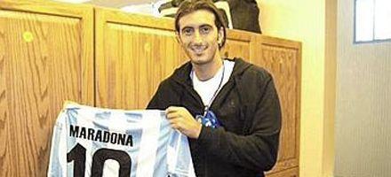 Maradona se disculpó con Potito Starace y le envió una camiseta autografiada