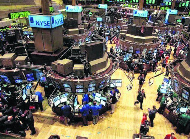 Mercados. Wall Street vivió una fiesta pese a la crisis económica.