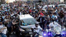 El pueblo argentino dio ayer otra conmovedora muestra de amor por su máximo ídolo, en la despedida de Diego.