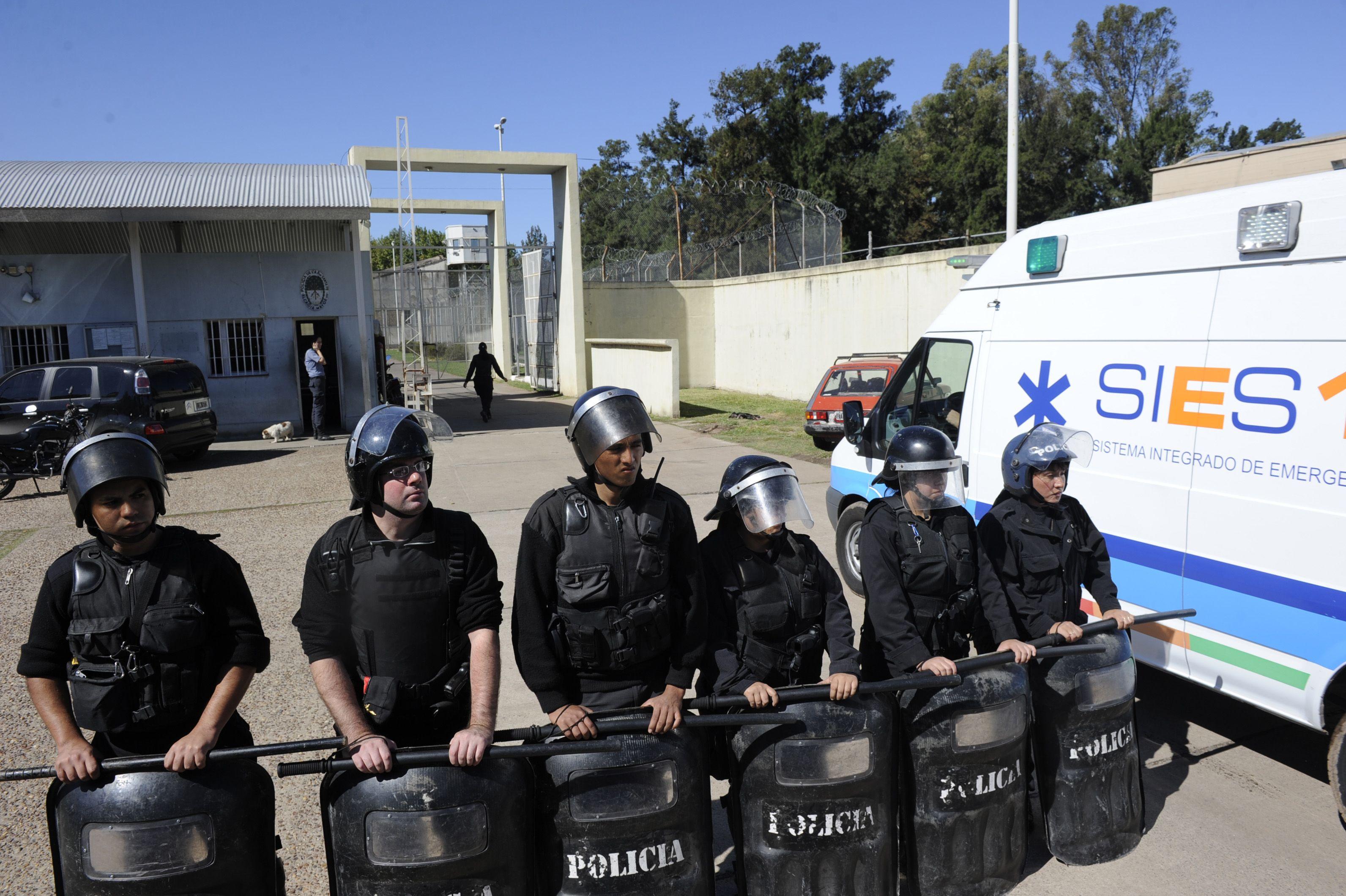 El concejal justicialista Diego Giuliano aseguró que es muy grave el estado de hacinamiento en que se encuentran las comisarías rosarinas