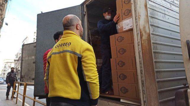 Las urnas llegaron a Rosario en la mañana de ayer.