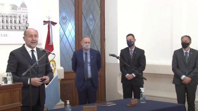 perotti-encabezo-la-puesta-funciones-corach-sukerman-y-pusineri-el-staff-provincial