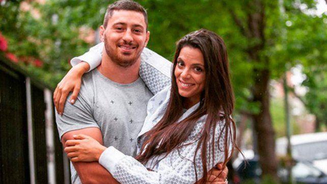 El rugbier Ortega Desio y su esposa, la influencer Belu Lucius, están internados por coronavirus