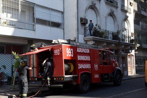 siniestro. El edificio fue incendiado por un sujeto que ingresó a la cochera la madrugada del 3 de febrero de 2016.