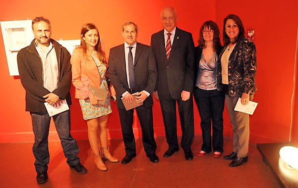 El gobernador y la intendenta abrieron la muestra junto a directivos de La Capital.
