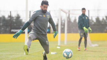 El arquero Josué Ayala venía recuperándose de una lesión muscular y sufrió la rotura de su ligamento cruzado izquierdo.