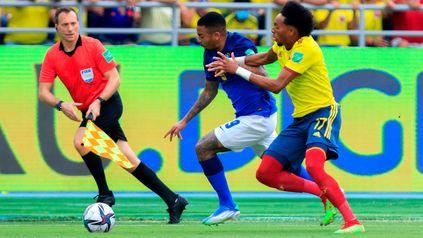 Colombia y Brasil juegan en el estadio Metropolitano de Barranquilla.