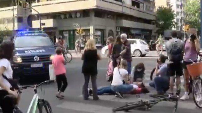 Una joven ciclista fue atropellada cuando circulaba por la bicisenda
