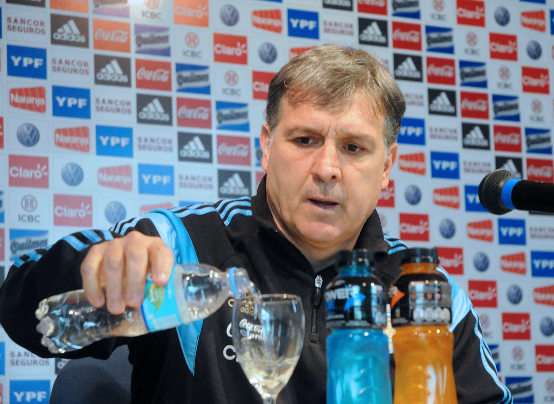 Firme. El entrenador de la selección nacional quiere llevar a cabo su idea.