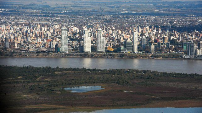 La bajante del Paraná vista desde el aire.