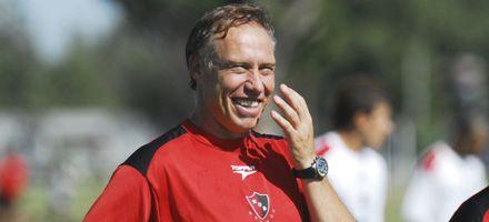 Newells: el plantel hizo fútbol y Sensini insistió con los mismos de ayer
