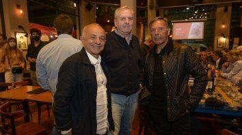 Pitu Fernandez , Ricardo Alongui y Miguel Angel Russo.
