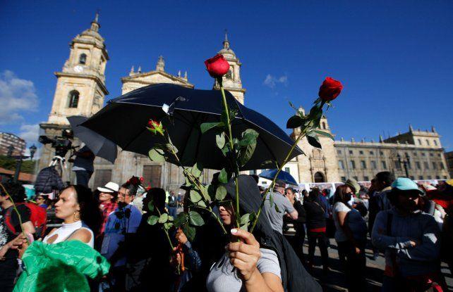 Festejos. Colombianos dan la bienvenida al nuevo partido